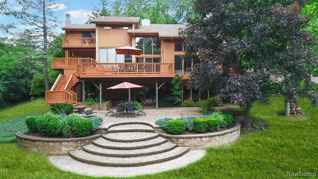 1635 HAMMOND Court, Bloomfield Hills 48304