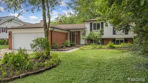38719 ARCOLA Drive, Sterling Heights 48312-1218
